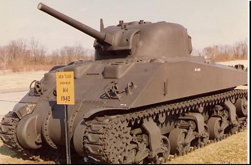 "Водолазы СФ РФ подняли со дна Баренцева моря американский танк ""Шерман"""