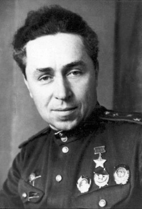 20 Temmuz Sovyet kutup pilotu Ilya Pavlovich Mazuruk doğdu