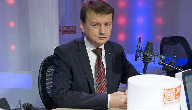 Polish Interior Minister accuses French authorities of multi-stump policy
