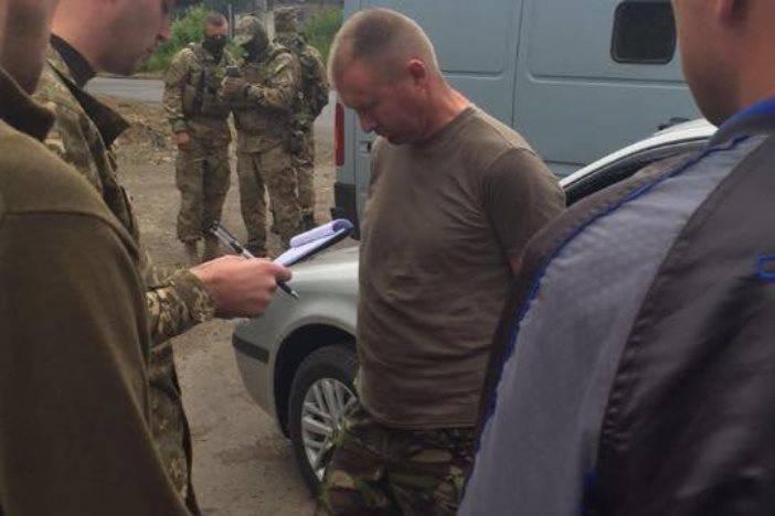 सशस्त्र बल ब्रिगेड के डिप्टी कमांडर गोला बारूद की बिक्री के लिए हिरासत में लिया गया