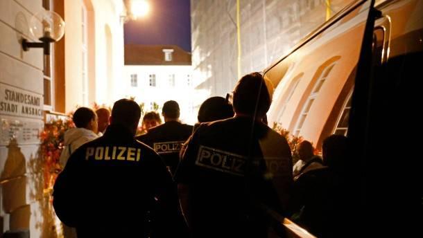 在罗伊特林根(德国)的安斯巴赫爆炸和袭击