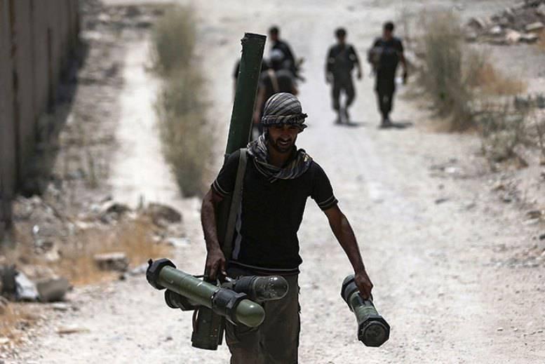 СМИ: в Сирию из Европы переправлено оружия на € 1 млрд