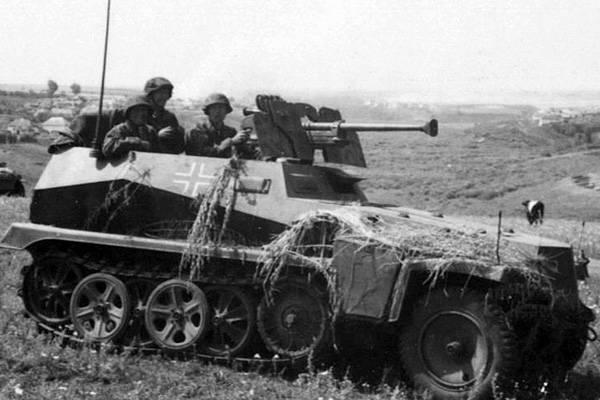 Боевая разведывательная машина Sd.Kfz.250/11 (Германия)