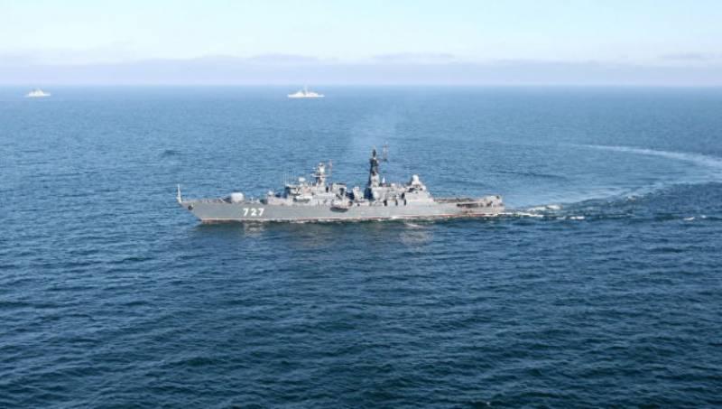 Экипаж американского крейсера «Сан Хасинто» сообщил об опасном приближении «Ярослава Мудрого»