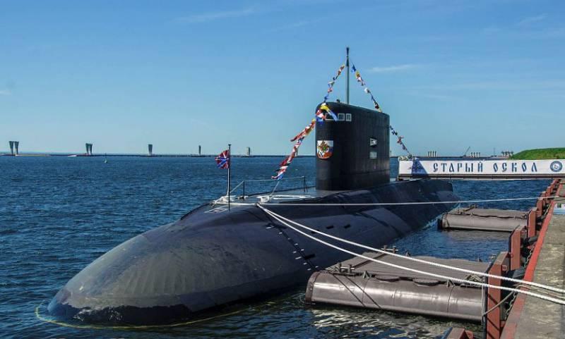 Подлодка «Старый Оскол» прибыла на Черноморский флот