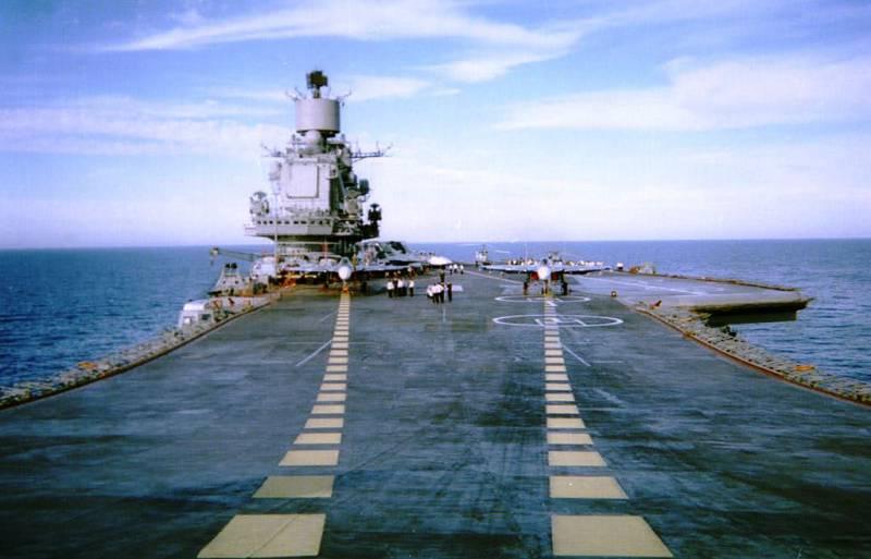 Экипаж «Адмирала Кузнецова» готовится к походу в Средиземноморье