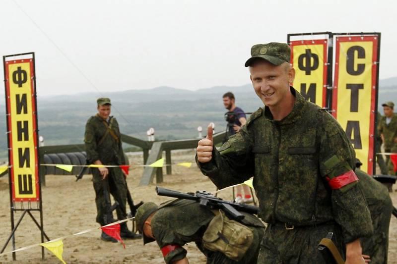 Гонка экипажей БМД в рамках конкурса «Десантный взвод» (видео)