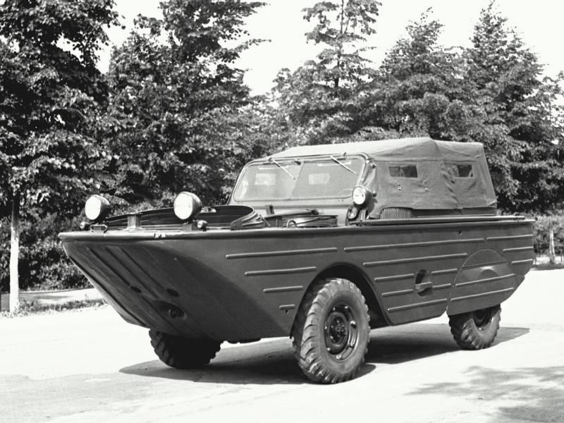 Плавающий автомобиль ГАЗ-46 (МАВ)