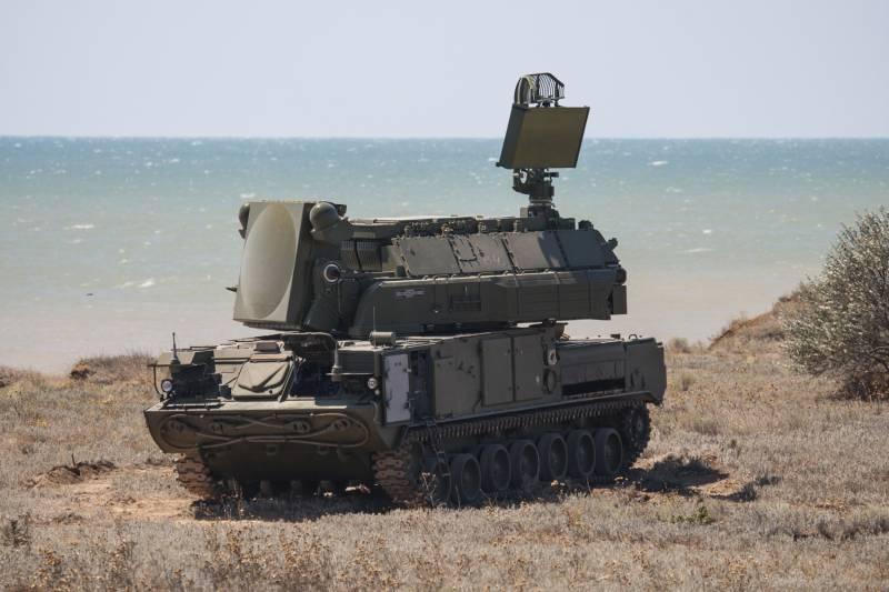Обновлённые «Торы» и «Буки»: противоракетные мастера живучести для войсковой ПВО