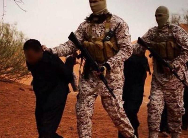 Боевики ИГ сварили заживо своих соратников, обвинённых в оставлении позиций