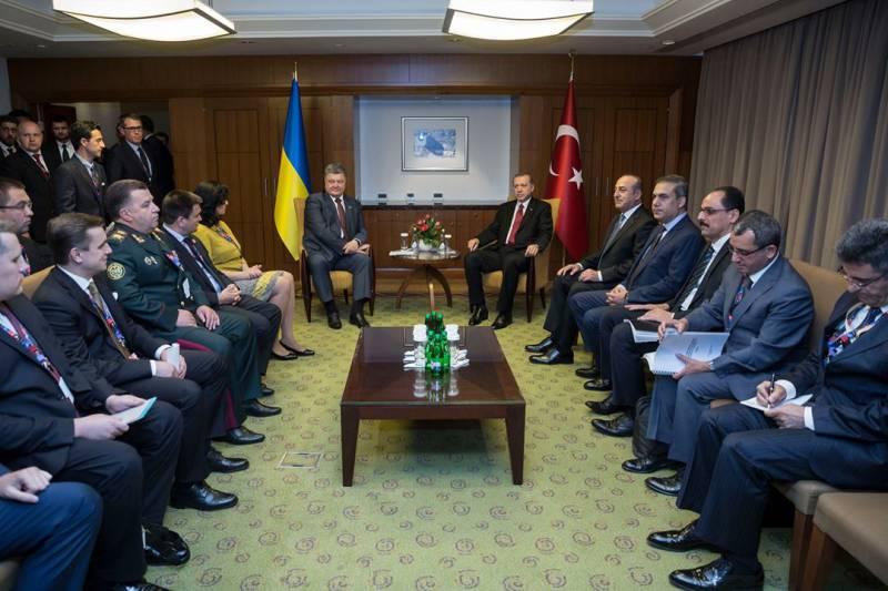 Порошенко рассказал, почему Украина должна интересовать страны НАТО