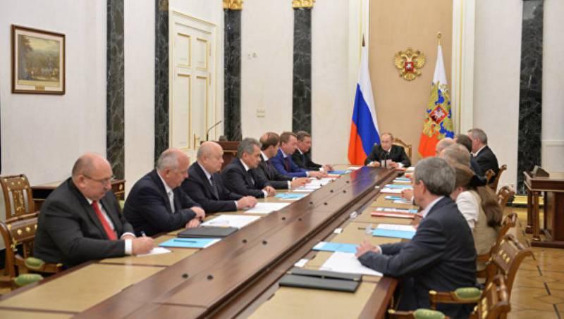 Путин: предприятия ОПК должны быть готовы к обострению конкуренции на мировом рынке вооружений