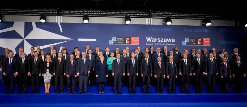 Странности двух Варшавских договоров