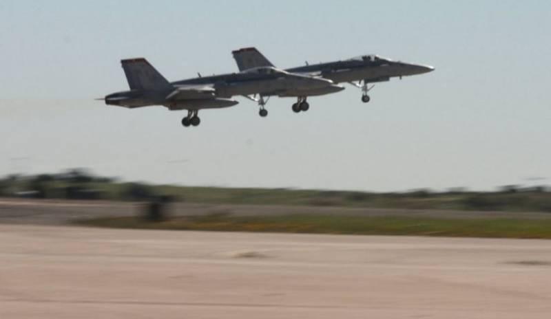 В Калифорнии (США) разбился самолёт F/A-18C