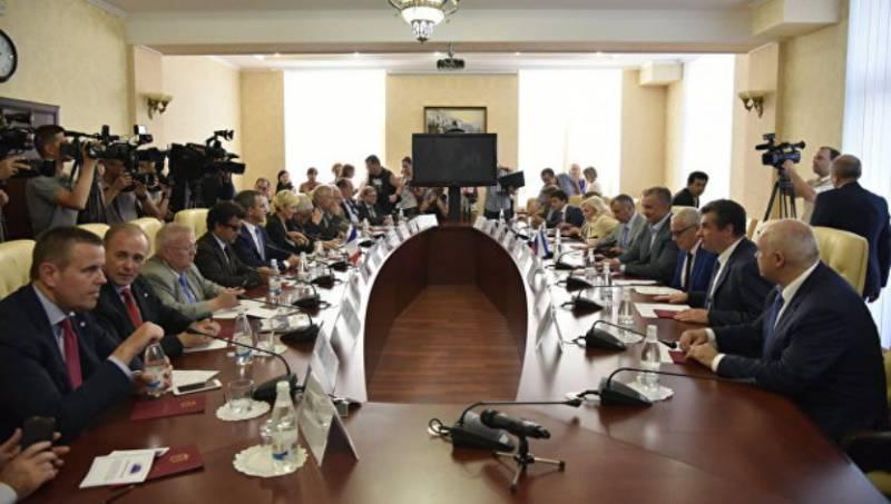 Бальбек: в Херсонской области существуют тренировочные лагеря сторонников ИГ