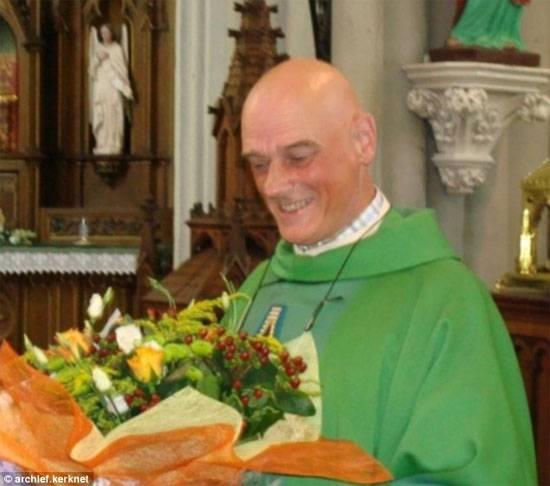 Бельгийский священник подвергся нападению беженца в своём собственном доме