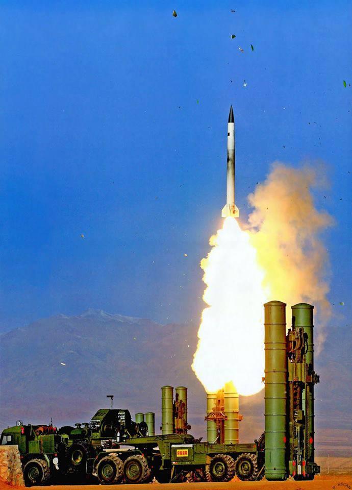Рогозин: в России созданы зенитные ракеты следующего поколения