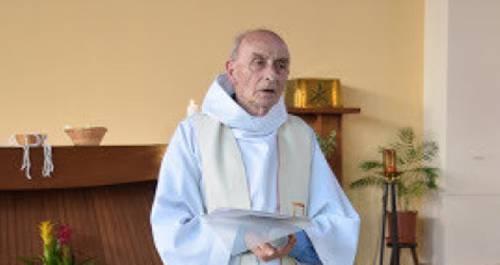 Мусульмане Франции организовали сбор пожертвований семье погибшего католического священника