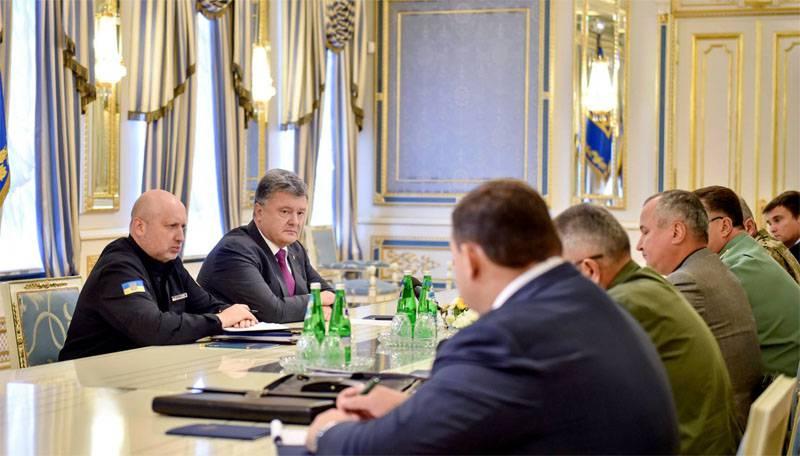 Порошенко хочет дозвониться до Олланда, Меркель и Путина