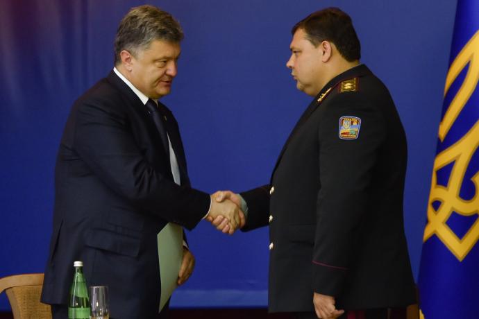 Глава украинской военной разведки заявил, что российские силовики в Крыму сами себя обстреляли...