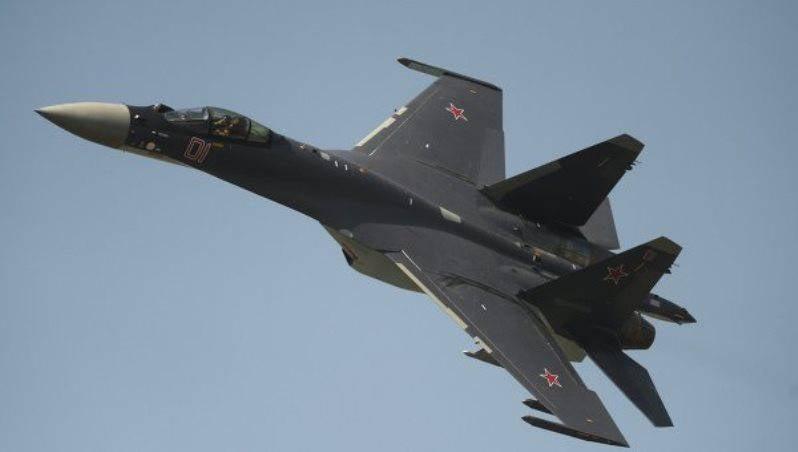 СМИ: Су-35 имеет ряд преимуществ в сравнении с американским F-15