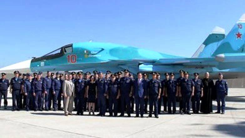 Один из бомбардировщиков Су-34 назван именем Олега Пешкова