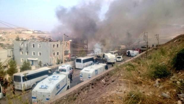 Взрыв у департамента полиции в провинции Ширнак (Турция)