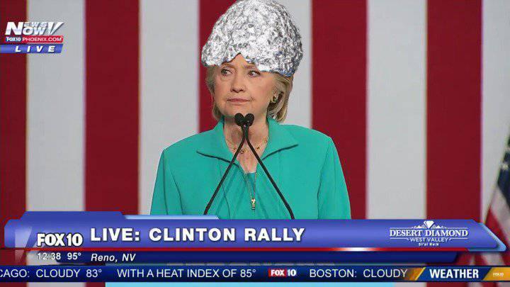 """Клинтон высмеяли в американской прессе за её постоянные упоминания о """"руке Кремля"""""""