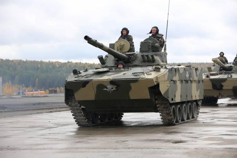 Российские десантники до конца года получат около 150-ти новых БМД и бронетранспортёров