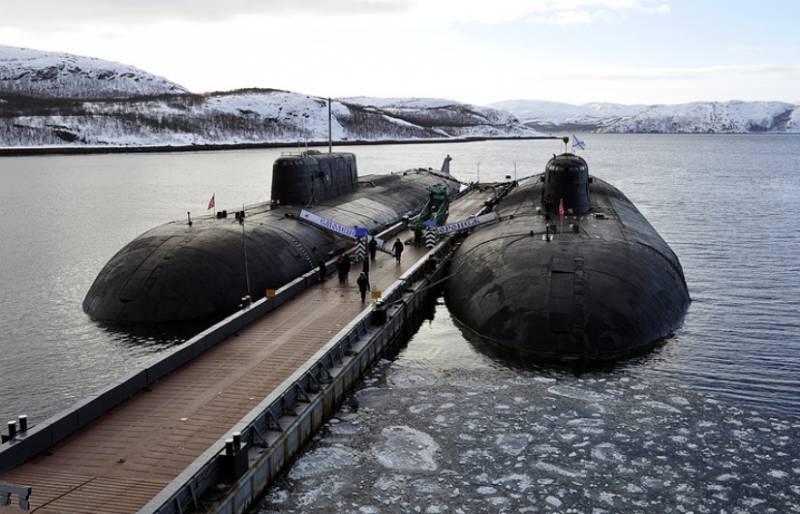 Минобороны заказало два плавучих причала для подводных лодок