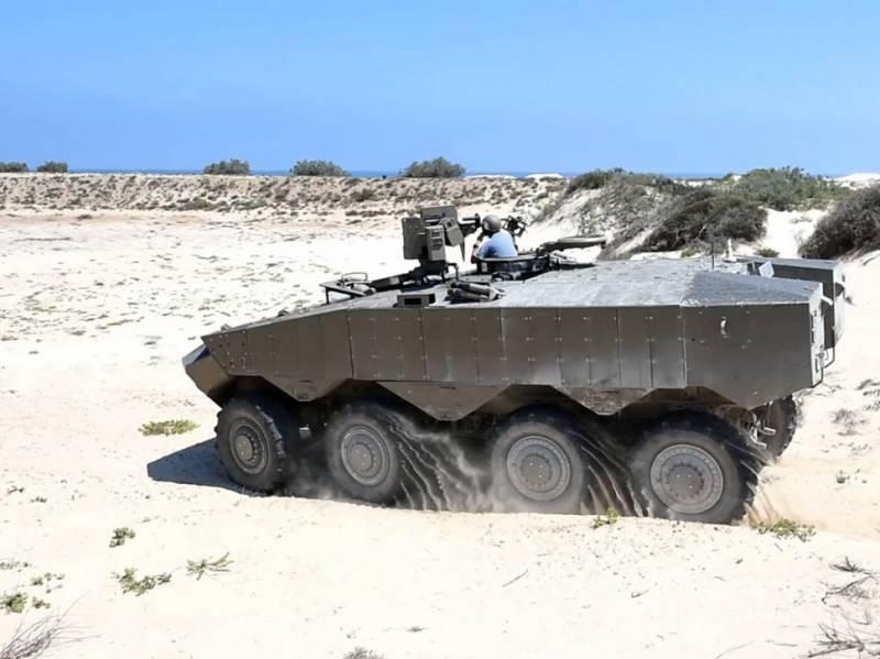 Израиль представил новый бронетранспортер «Эйтан»