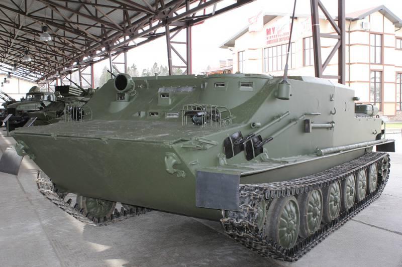 Перспективный гусеничный бронетранспортер БТ-3Ф