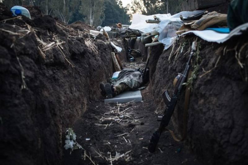 Муженко: страх, испытанный украинскими солдатами под Иловайском, до сих пор не отпускает некоторых военнослужащих