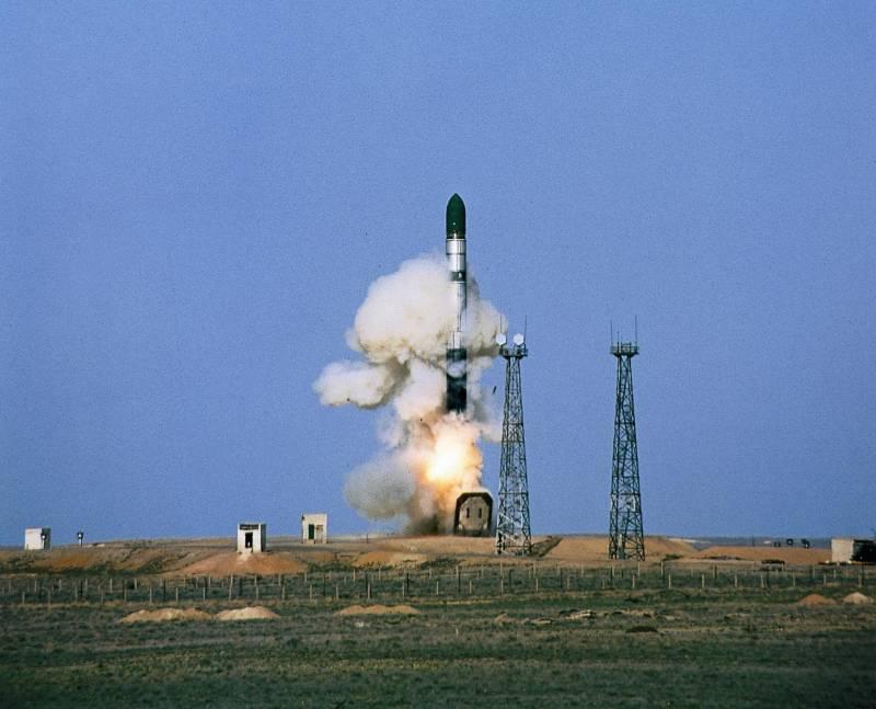 В России успешно испытан двигатель ракеты «Сармат»