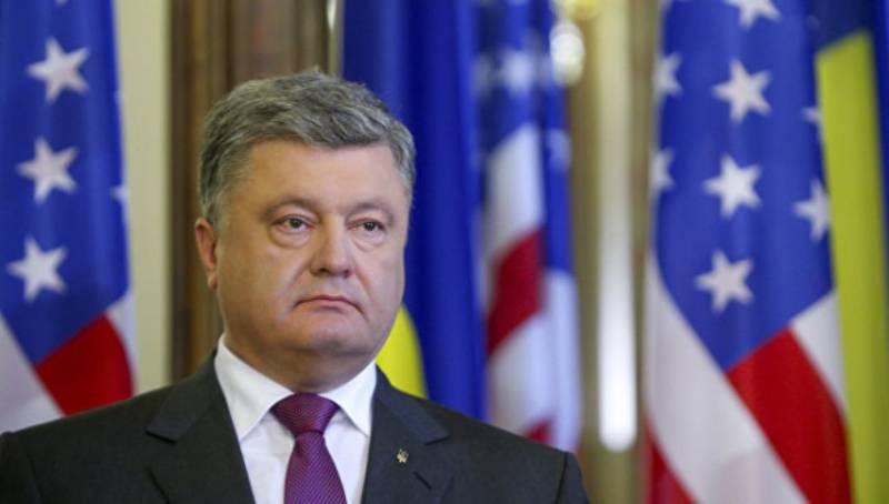 Порошенко обеспокоился положением украинцев в Российской Федерации