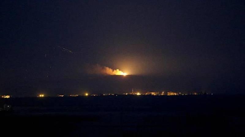 Турецкая авиация бомбит сирийский Джераблус