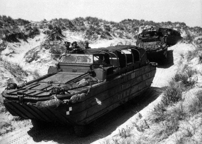 Амфибийное транспортное средство DUKW