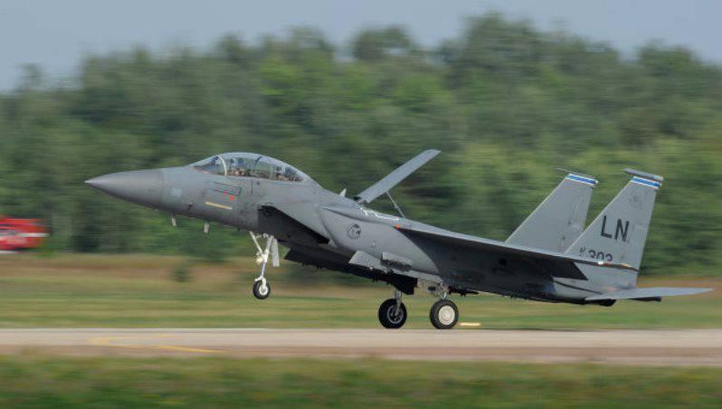 ВВС США потратят $ 12 млрд. на модернизацию истребителей F-15