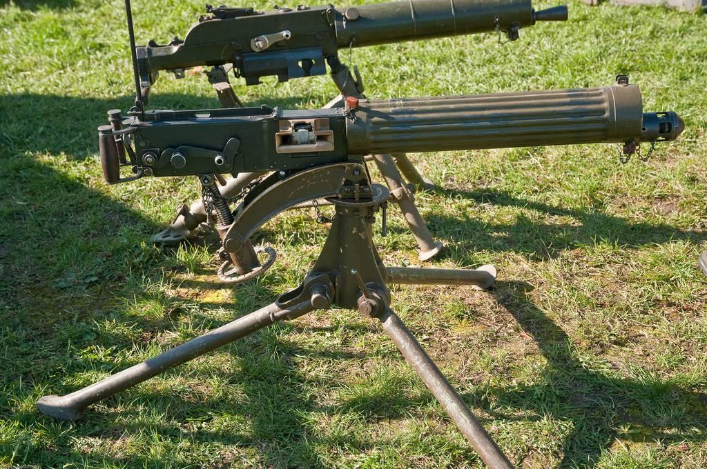 Картинки по запросу пулемет Vickers