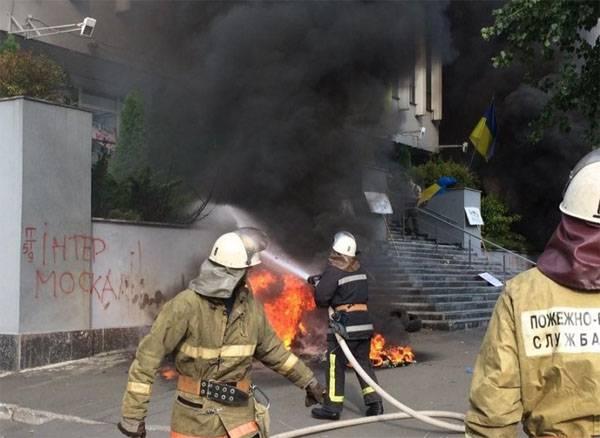 """Порошенко заявил о СМИ - """"врагах Украины"""""""