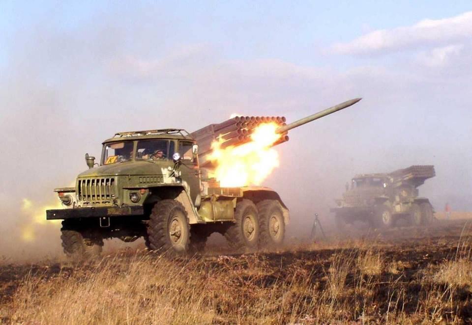 Нам нечего противопоставить «Градам», однако мыбудем развивать артиллерию— Министр обороны Латвии