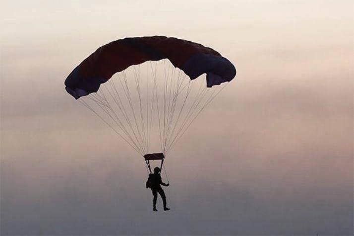 В РФ разрабатывается парашют для низковысотного десантирования