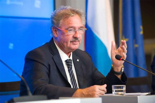 Глава МИД Люксембурга призывает исключить из ЕС Венгрию