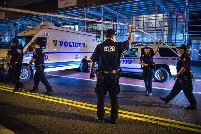 Около 30 человек получили ранения при взрыве в Нью-Йорке