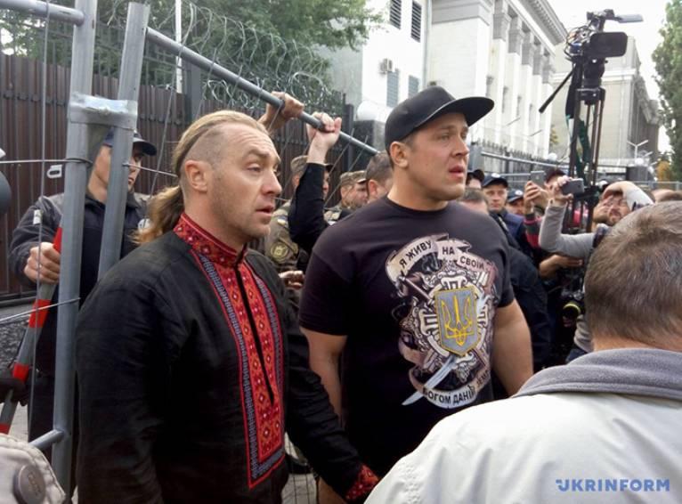 Клинцевич: киевские власти сознательно сорвали выборы в Госдуму
