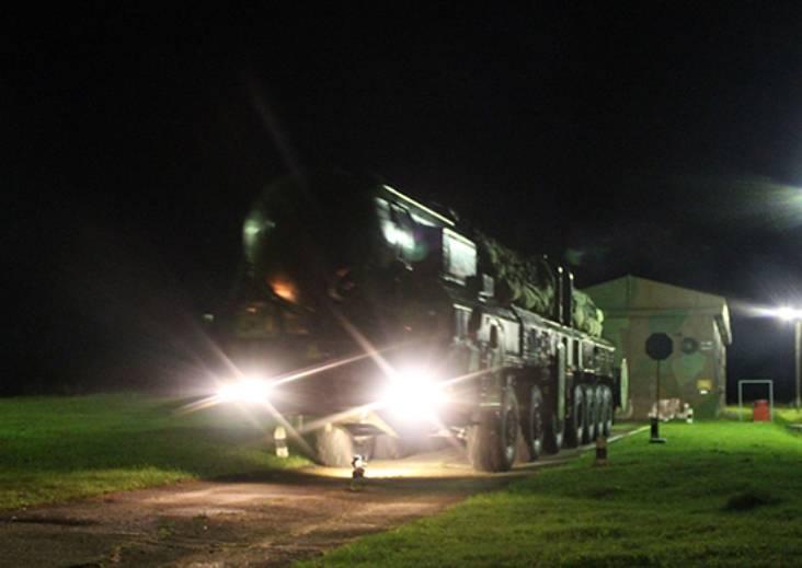 РВСН проводят масштабное учение с экипажами подвижных комплексов