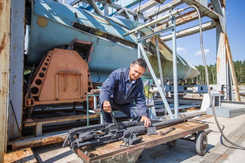 Супер-пушка: в подмосковном Фаустово отрабатываются новые системы вооружения для Т-50