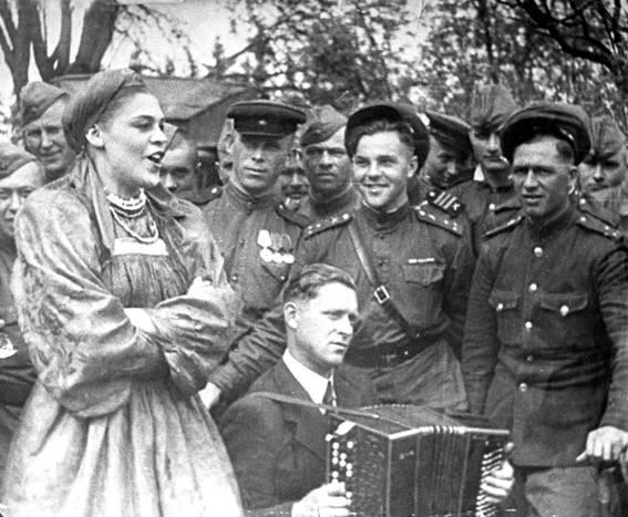 Когда «Валенкам» Руслановой не хлопали