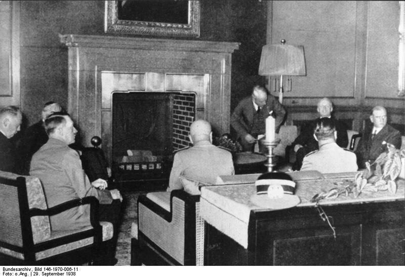 Чёрный день Мюнхена. Как западные державы помогли Гитлеру уничтожить Чехословакию