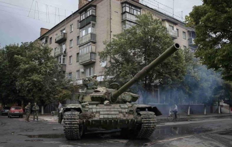 Республики Донбасса готовы к отводу войск от линии соприкосновения